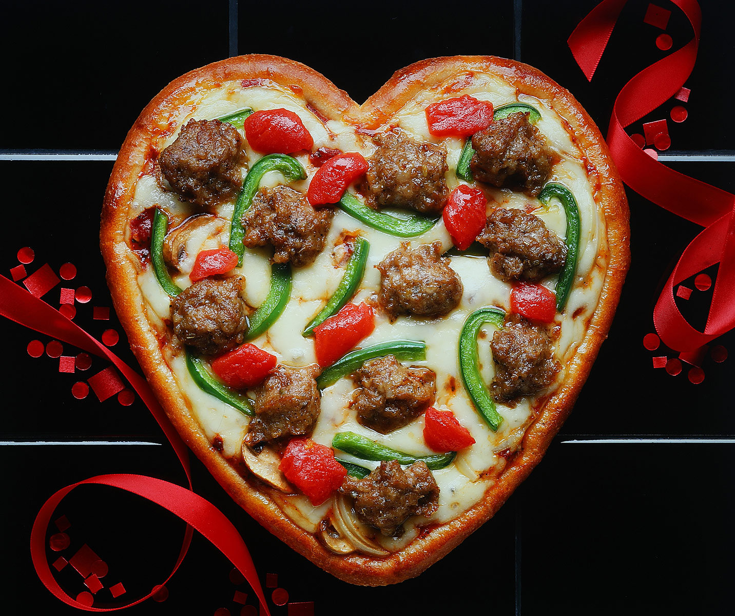 Heart-Pizza-1